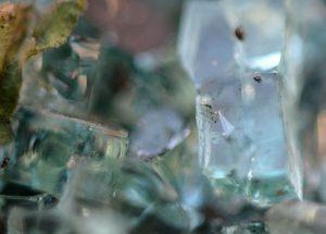 cristal o vidrio materiales naturales btc bch ltc dash Sostenibilidad