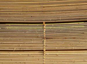 tablones de madera natural ecologico verde y marron Sostenibilidad