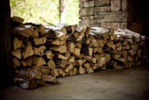 troncos madera apilados natural Sostenibilidad