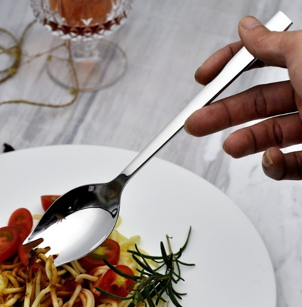4 Tenedores Cuchara Metal para Paella cubierto selecto elegante natural y sostenible restaurante gourmet