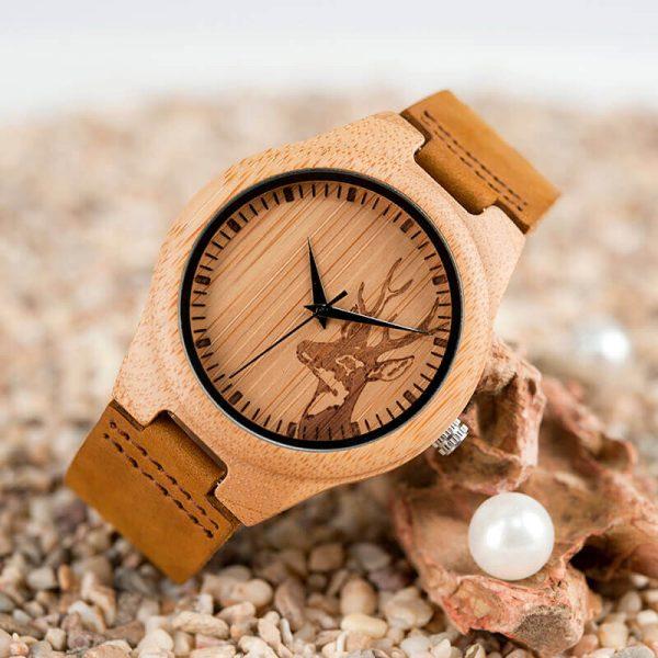 Reloj BAMBÚ Diseño ciervo y correa de CUERO, natural, comprar sin plástico, no contamina, reloj ecológico
