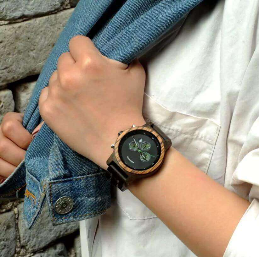 Reloj MADERA de Diseño Actual, materiales nobles, el tiempo en tu mano, tiempo exacto, de moda
