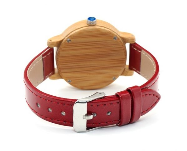 video-Reloj-BAMBÚ-y-CUERO-Rojo-detras.jpg comprar sin plástico moda elegante btc
