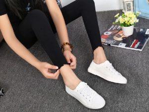 Zapatilla Blanca LONA Mujer Personalizable ejemplo de como queda