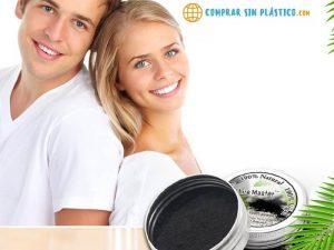 Polvo Natural Blanqueador Dientes solido en caja de metal, sostenible ecológica natural y salud. Comprar sin plástico